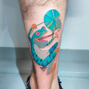 Today's favorite tattoo by Ame Security Blanket #AmeSecurityBlanket #favoritetattoos #favorite #besttattoos #tattooideas #newtattoo #tattooinspiration #cooltattoos #tattoodoapp #frog #nature #color #fun #leg