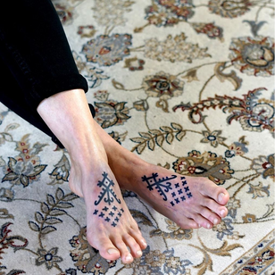 Foot tattoo by Broy Polinsky #BrodyPolinsky #foottattoo #foottattoos #foot #feet #blackwork #linework #dotwork #tribal #neotribal #pattern #ornamental