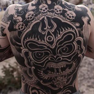 Mahakala tattoo by Nos Tattoos #NosTattoos #buddhisttattoo #buddhatattoo #buddhism #buddha #enlightenment #meditation #easternreligion #mahakala #deity #blackwork #backpiece #backtattoo