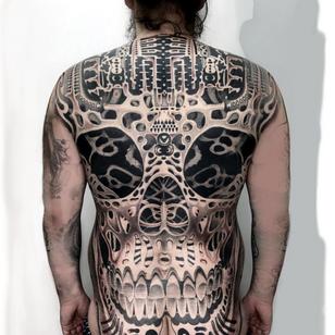Back tattoo by Jondix #Jondix #LondonTattooConvention #LondonTattooConvention2019 #London #tattooconvention #darkart #skull #backtattoo #backpiece #wip #blackandgrey