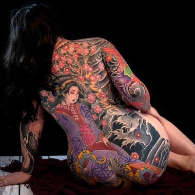 Back tattoo by Aaron Bell #AaronBell #LondonTattooConvention #LondonTattooConvention2019 #London #tattooconvention #japanese #backpiece #geisha #octopus #waves #cherryblossoms #flower #floral