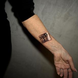 Buddha tattoo by Niki Norberg #NikiNorberg #buddhisttattoo #buddhatattoo #buddhism #buddha #enlightenment #meditation #easternreligion #realism #hyperrealism #realistic #portrait #arm