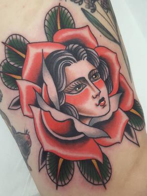 Rose tattoo by Nikko Barber aka nikkotattooer #NikkoBarber #Nikkotattooer #Berlintattoo #tattooBerlin #traditional #AmericanTraditional #color #oldschool #rose #ladyhead #flower