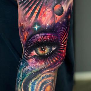 Eye tattoo by Andres Acosta #AndresAcosta #tattooideas #tattooidea #tattooinspiration #tattoodesign #tattoodesignidea #tattooinspo #color #realism #realistic #hyperrealism #eye #galaxy #space #stars