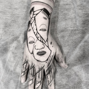 Tattoo by Oscar Hove #OscarHove #blackwork #blackworktattoo #hand #face