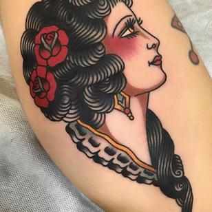 Lady head tattoo by La Dolores #LaDolores #tattooartist #tattoodo #tattoodoapp #awesometattoo #besttattoo #traditional #rose #ladyhead #portrait #color