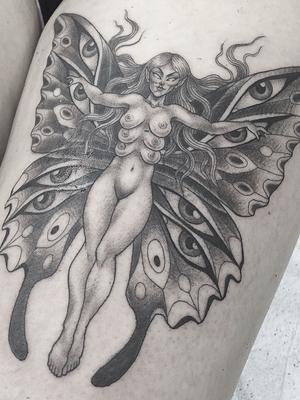 Surreal fairy tattoo by Hanna Sandstrom #HannaSandstrom #DarkAgeSeattle #Seattle #blackandgrey #illustrative #fairy #thirdeye #surreal #creature #butterfly #wings #trippy