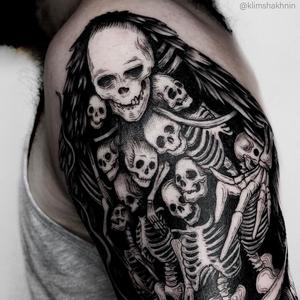 Horror tattoo by Klim Shakhnin #KlimShakhnin #horrortattoos #horrortattoo #horror #darkart #evil #demon #darkness #death #skeleton #skulls #hell #blackwork #illustrative #armtattoo