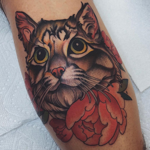 Tattoo by Jaylind Hamilton #JaylindHamilton #jaybaby #japanese #neotraditional #japanesetattoo #illustrative #qpocttt #cattattoo #cat #peony #flower #floral #colortattoo #legtattoo