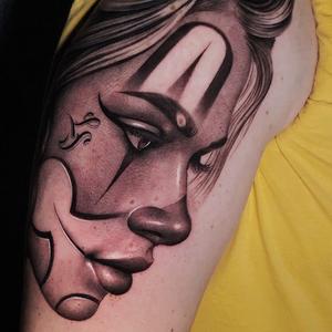 Payasa tattoo by Denis Casella #DenisCasella #besttimetogettattooed #gettattooed #winter #besttattoos #chicano #realism #blackandgrey #payasa #clown #lady #ladyhead #Lips #lettering #script #arm