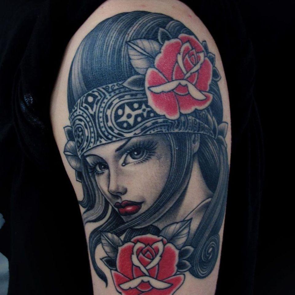 Rose tattoo by Tim Hendricks #TimHendricks #rosetattoo #rosetattoos #rosetattooidea #rose #roses #flower #floral #petals #plant #nature #bloom