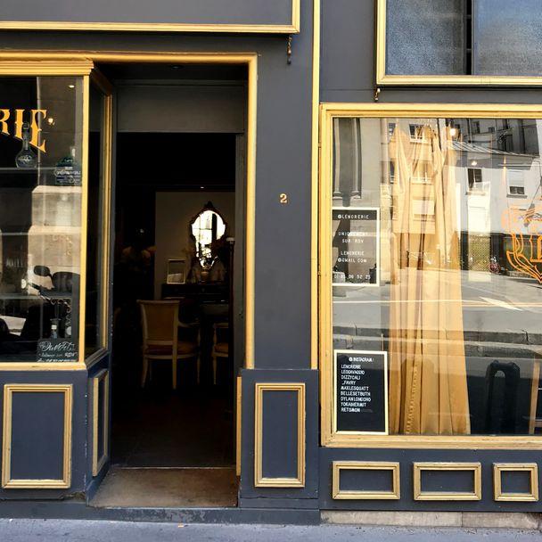 L'Encrerie - Tattooed Travels: Paris, France #paris #france #paristattoo #paristattooartist #paristattooshop #lencrerie #lencrerieparis