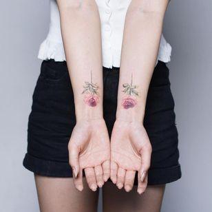 Rose tattoo by Tattooist Silo #TattooistSilo #Silo #rosetattoo #rosetattoos #rosetattooidea #rose #roses #flower #floral #petals #plant #nature #bloom