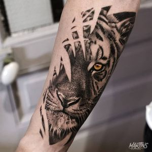 Tiger tattoo by Guillaume Martins #GuillaumeMartins #paris #france #paristattoo #paristattooartist #paristattooshop