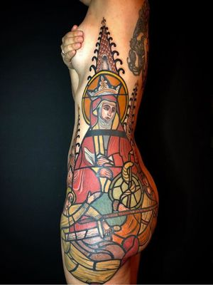 Stained glass tattoo by Mikael De Poissy #MikaelDePoissy #paris #france #paristattoo #paristattooartist