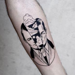 Blackwork tattoo by Sixo Santos of Les Maux Bleus #SixoSantos #LesMauxBleus