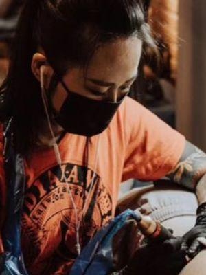 Hori Mayi of Diauan Tattoo in Shenzhen #HoriMayi #DiauanTattoo #China #chinatattooshop #chinatattoo #Shenzhen #Shenzhentattoo #Shenzhentattooartist