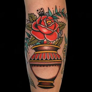 Rose tattoo by Alex Zampirri #AlexZampirri #Azamp #rosetattoo #rosetattoos #rosetattooidea #rose #roses #flower #floral #petals #plant #nature #bloom