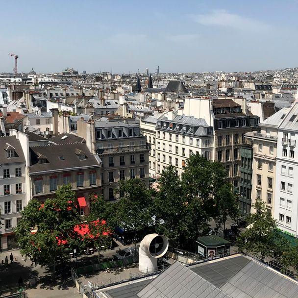 Tattooed Travels: Paris, France #paris #france #paristattoo #paristattooartist #paristattooshop #tattooparis