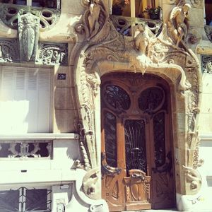 Art Nouveau architecture - Tattooed Travels: Paris, France #paris #france #paristattoo #paristattooartist #paristattooshop #tattooparis