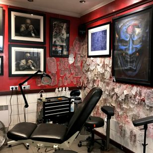 Tin Tin Tatouages - Tattooed Travels: Paris, France #paris #france #paristattoo #paristattooartist #paristattooshop #tintin #TinTinTatouages