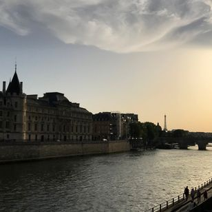 Canal boat tour - Tattooed Travels: Paris, France #paris #france #paristattoo #paristattooartist #paristattooshop #tattooparis
