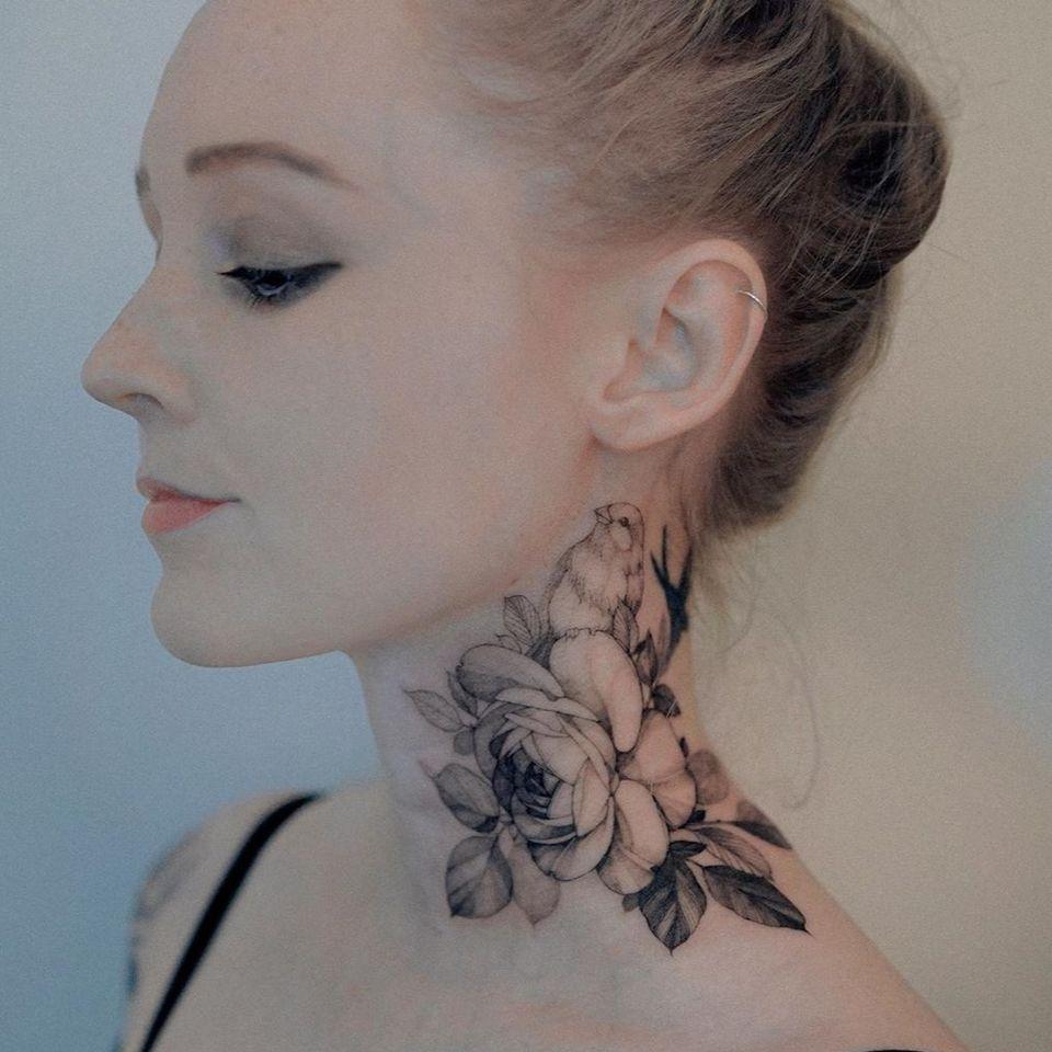 Rose tattoo by Zihwa #Zihwa #rosetattoo #rosetattoos #rosetattooidea #rose #roses #flower #floral #petals #plant #nature #bloom