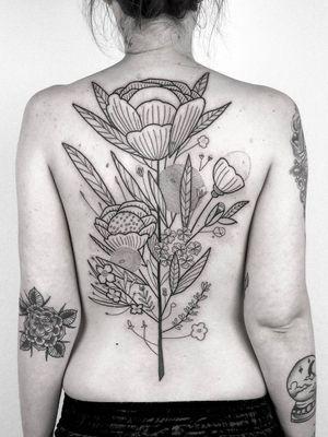 Plant tattoo by Daniel the Gardener #DanieltheGardener #illustrative #linework #florals #flowers #leaves #plants #nature #botanicalillustration #backpiece #backtattoo