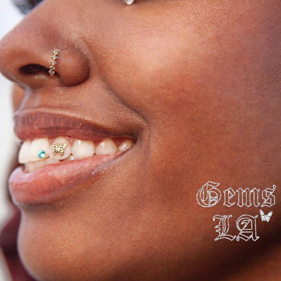 Tooth bling by Alexis aka Gems.LA #gemsla #toothbling #toothgems #toothjewelry #jewelry #gems #bling #bodymod
