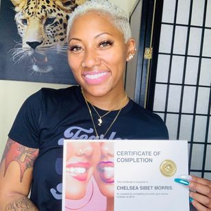 Hellagemz taught ooth bling by Alexis aka Gems.LA #gemsla #toothbling #toothgems #toothjewelry #jewelry #gems #bling #bodymod