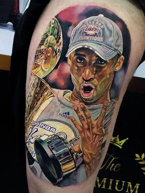 Kobe Bryant tattoo by Felipe Pinheiro #FelipePinheiro #kobebryanttattoo #kobebryant #Lakers #24 #basketball #sports #memorialtattoo
