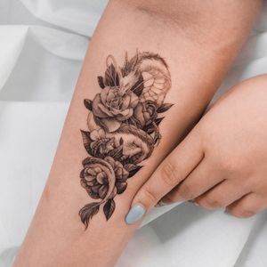 Flower dragon tattoo by Ghinko #ghinko #illustrative #flower #rose #fineline #dragontattoos #dragontattoo #dragon #mythicalcreature #myth #legend #magic #fable