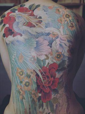 Back tattoo by Kubrick Ho #KubrickHo #KubrickGood #backtattoo #backpiece #phoenix #bird #feathers #backtattoo #flower #floral #nature