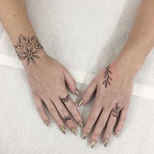 Hand poke tattoo by Melanie Kazemier #MelanieKazemier #handpoke #handpoketattoo #stickandpoke #stickandpoketattoo