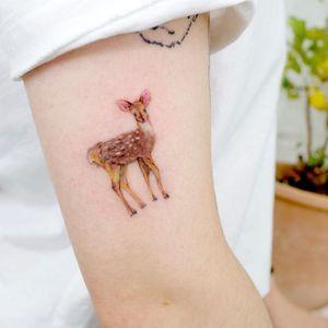 Illustrative watercolor tattoo by Ovenlee #Ovenlee #OvenleeTattoo #StudioBySol #watercolor #illustrative #colorpencil #sketch #cute #deer #animal #nature #babyanimal #doe