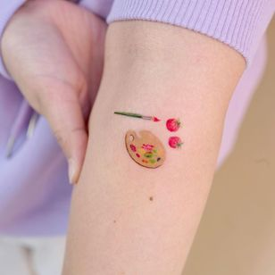 Illustrative watercolor tattoo by Ovenlee #Ovenlee #OvenleeTattoo #StudioBySol #watercolor #illustrative #colorpencil #sketch #cute #paint #paintbrush #paintpalette #strawberry #fruit #food