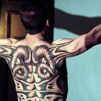 Revealing the Red Dragon tattoo #iconicfilmtattoos #movietattoos #horrortattoos #blackandgrey #RedDragon #HannibalLecter #RalphFiennes