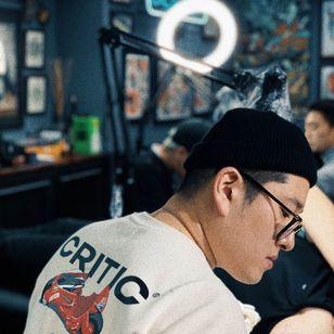 Suno of Seoul Ink Tattoo - image via their website #Suno #SeoulInkTattoo #Seoul #Korea #Seoultattoo #Seoultattooartist #Seoultattooshop