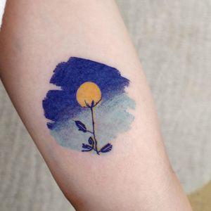 Watercolor tattoo by Lit Tattoo #LitTattoo #watercolor #blue #flower #floral #plants #nature #painterly #seoul #korea #koreatattoo #seoultattooartist #seoultattoo