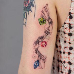 Tattoo by Anya Tsyna #AnyaTsyna #illustrative #realism #color #surreal #strange #unique #gems #diamond #ornamental #jewelry #fineart