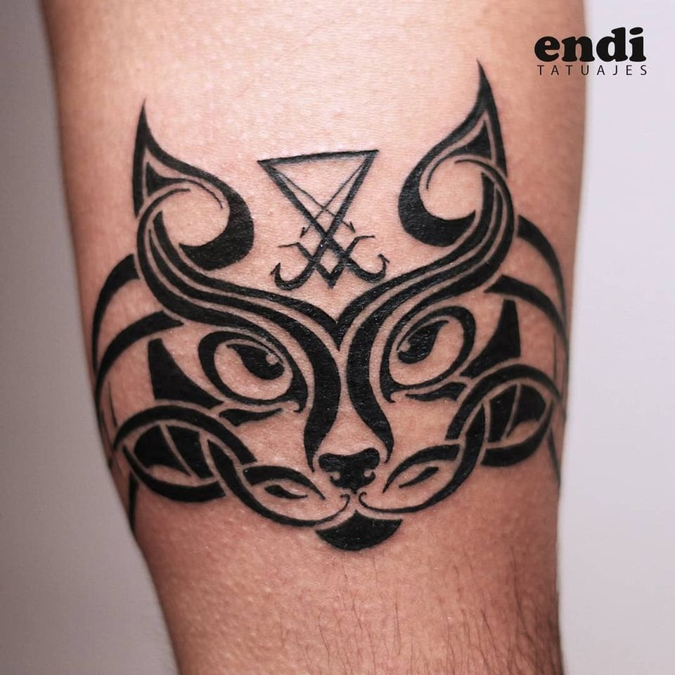 Tribal cat tattoo by Endi Tatuajes #EndiTatuajes #tribalcattattoo #tribalcat #tribal #blackwork #sigil #cattattoos #cattattoo #kittytattoo #kitty #cat #petportrait #animal #nature