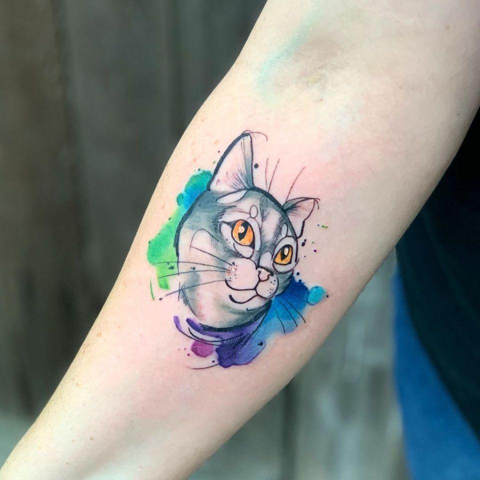 Watercolor cat tattoo by Britta Christiansen #BrittaChristiansen #watercolorcattattoo #watercolor #cattattoos #cattattoo #kittytattoo #kitty #cat #petportrait #animal #nature