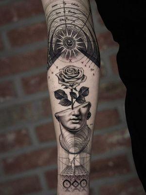 Sacred geometry, sculpture and rose tattoo by Kiljun of Seoul Ink Tattoo #SeoulInk #Kiljun #rose #flower #floral #sacredgeometry #sculpture #greek #roman #blackandgrey #illustrative #detailed #fineline #seoul #korea #koreatattoo #seoultattooartist #seoult