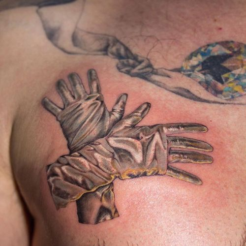 Tattoo by Anya Tsyna #AnyaTsyna #illustrative #realism #color #surreal #strange #unique #gems #diamond #ornamental #jewelry #fineart #hands #gloves #shiny