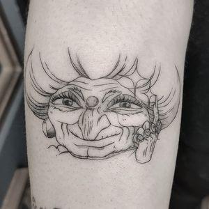 Yubaba tattoo by Yokai Hermit #YokaiHermit #illustrative #fineline #linework #granny #portrait #spiritedaway #StudioGhibli #anime #manga #movie