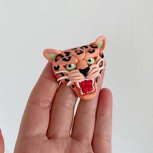 Clay leopard by Gem Carter #GemCarter #supporttattooists #supportartists #tattooart #tattoosculpture #tattoomerch #tattooinspo