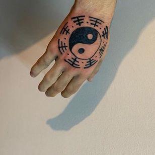Yin yang tattoo by panthere.tattoo #pantheretattoo