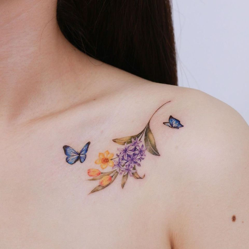 Watercolor tattoo by Donghwa of Studio by Sol #Donghwa #StudiobySol #Seoul #Koreanartist #Koreantattooartist #watercolor #fineline #detailed #color #nature #floral #butterfly