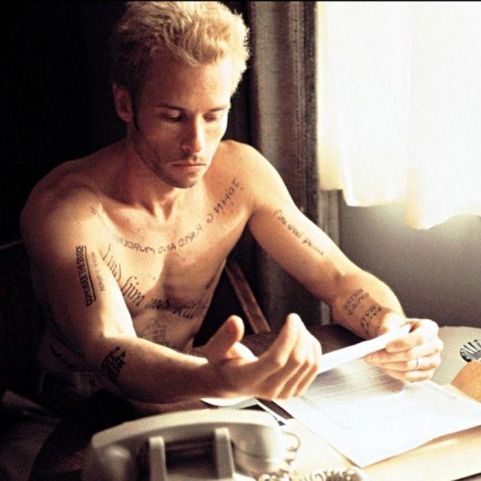 Leonard Shelby's reminder tattoos in Memento #filmtattoos #iconictattoos #movietattoos #quotetattoos #blackandgrey #memento #leonardshelby #guypearce