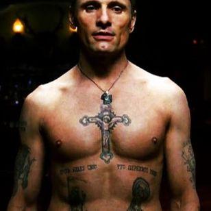 Nikolai's Russian mob tattoos in Eastern Promises #filmtattoos #realistictattoos #movietattoos #prisontattoos #mafiatattoos #VigoMortensen #russiantattoo #EasternPromises